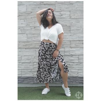 Falda Pierina - Color negro floreado